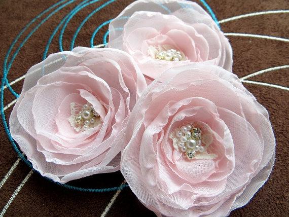 Mariage - Blush wedding bridal flower hair accessory (set of 3), bridal hairpiece, bridal hair flower, wedding hair accessories, bridal head piece
