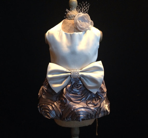 Свадьба - Gray Wedding Dog Dress (Ivory and white also available)