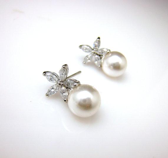 Mariage - Bridal earrings jewelry wedding pearl earrings cubic zirconia deco five petal Flower post earrings with 10mm swarovski white or cream pearl