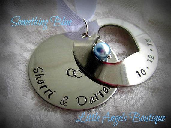 Свадьба - Personalized Wedding Bride Groom Hand Stamped Bouquet Peekaboo Double Locket Charm Something Blue WA002