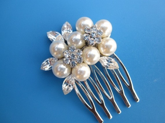 Mariage - Bridal hair comb wedding comb bridal comb wedding hair comb bridal hair jewelry wedding headpiece pearl bridal hair accessory bridal jewelry