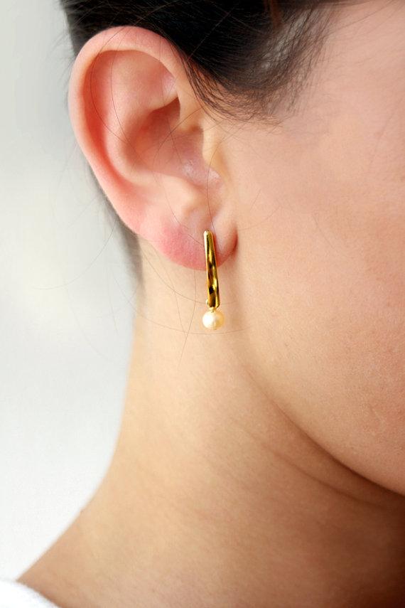 Mariage - Gold earring, pearl earrings, bridal earrings, wedding jewelry, pearl bridal earrings, pearl bridal jewelry, bridesmaid jewelry
