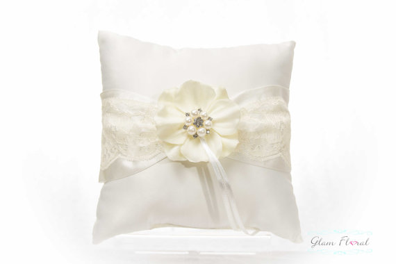 Mariage - Lace Flower Girl Basket, Ring Bearer Pillow, Set Ivory Lace, Rhinestones Pearls, cream white/ Ivory Real Touch Hydrangea Anemone flowers