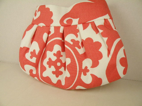 Свадьба - Clutch-Pleated Clutch-Evening Bag-Weddings-Bridesmaid Gift- SUZANI in Coral & White
