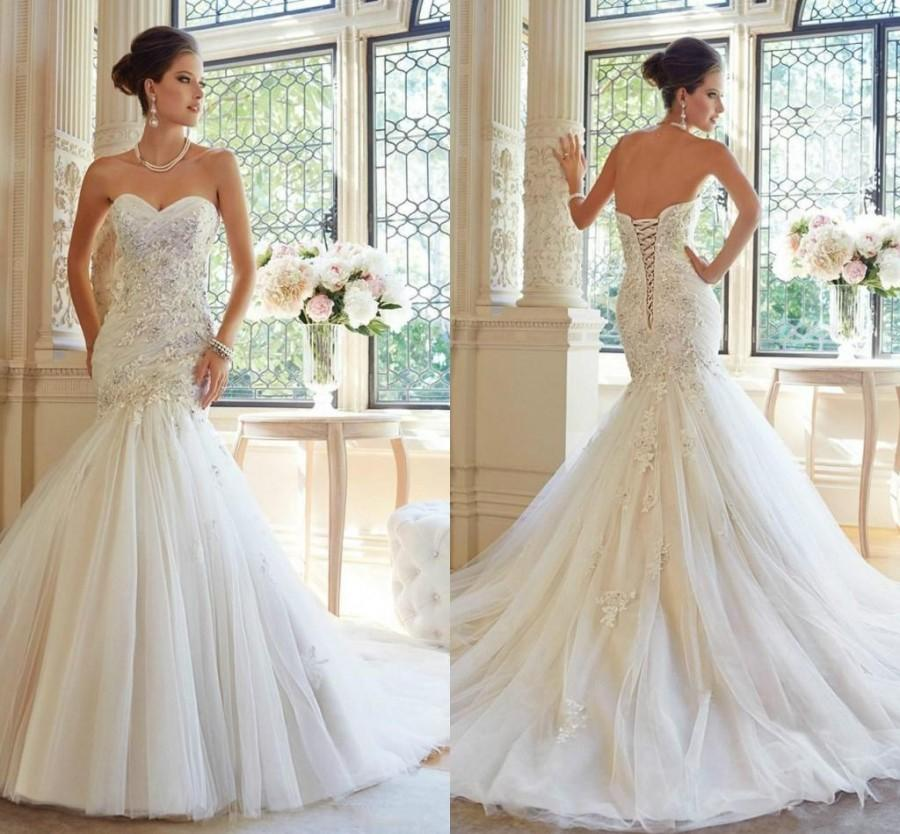 Mariage - 2015 Fashion Elegant Sweetheart White Tulle Appliqued Lace Organza Mermaid Wedding Dresses Beads Sweep Sexy Garden Bridal Gown Custom Made Online with $127.4/Piece on Hjklp88's Store