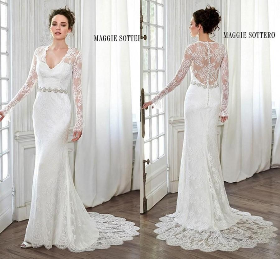 2015 Elegant Ivory Vintage Wedding Dresses Beach Bridal Gowns With Sheer Lace Back Mermaid V