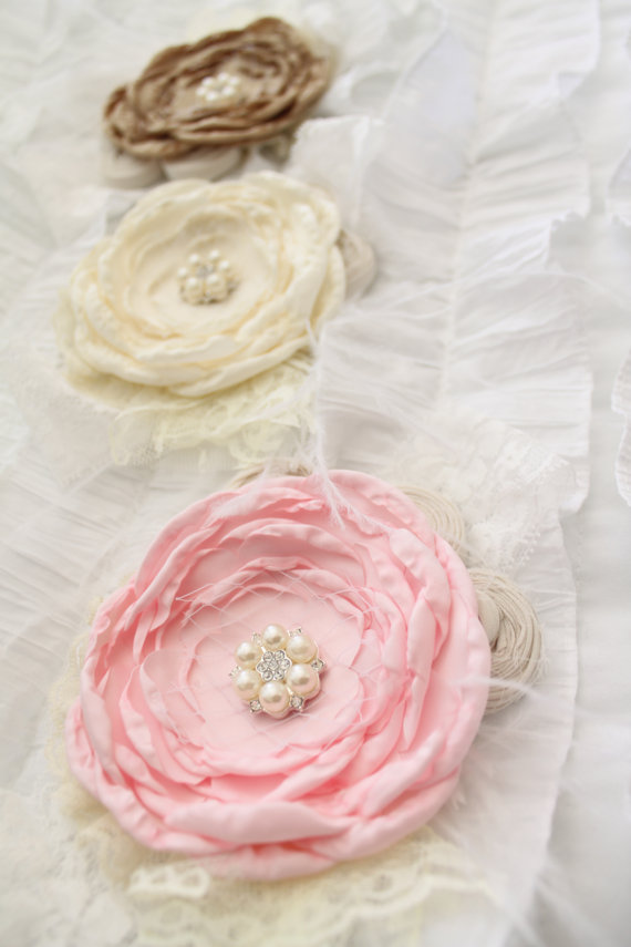 Свадьба - Easter Spring Chiffon Rose Lace Flower Headband.  Pink, Beige Buff Champagne, Ivory Cluster. 1st Birthday Photo Shoot. Wedding Flower Girl