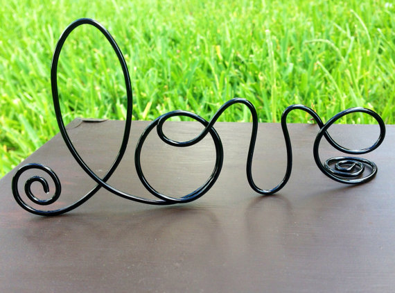 Свадьба - Black Wire Love wedding Cake Toppers - Decoration - Beach wedding - Bridal Shower - Bride and Groom - Rustic Country Chic Wedding