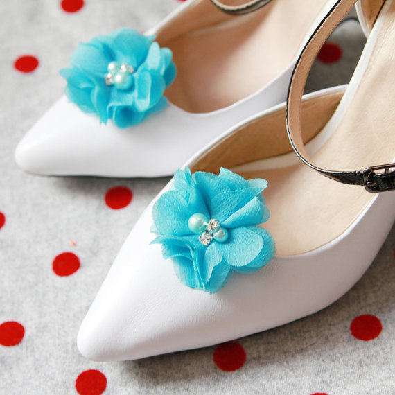 Свадьба - Blue Chiffon Flower Rhinestones Beaded Shoe Clips - Wedding Shoes Bridal Couture Engagement Party Bride Bridesmaid - Something Blue
