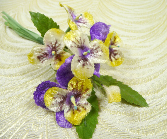 Mariage - SALE Velvet Millinery Pansies Purple Yellow Bunch of Six Old Fashioned Bouquet for Hats, Bouquets, Scrapbooking Johnny Jump Ups