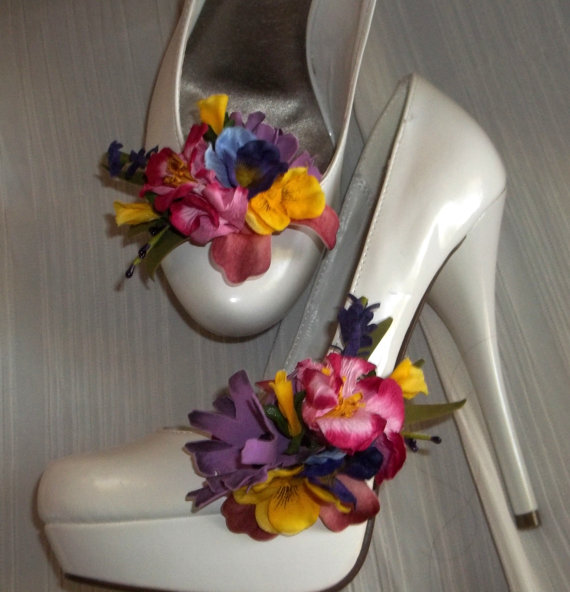 Wedding - Spring Flower Shoe Clips, Floral Shoe Clips, Bridal Shoe CLips, Wedding Clips for Shoes, Springtime Accessories, Destination Wedding