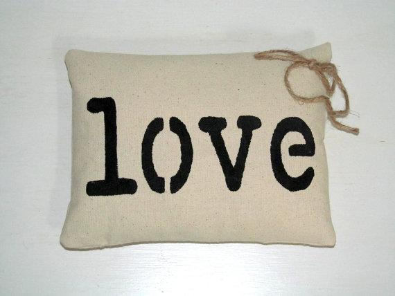 زفاف - Love Ring Bearer Pillow - Wedding Ring Pillow - Wedding Pillow - Shabby chic pillow, Here Comes The Bride Pillow - Canvas Pillow - Keepsake