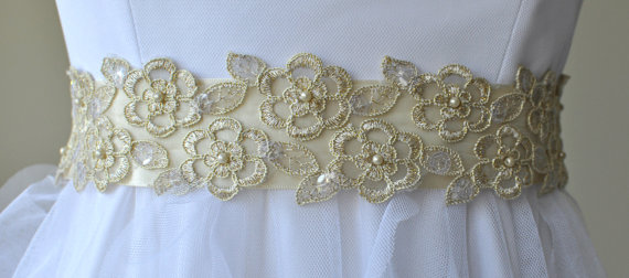 Mariage - Ready to ship - Wedding Sash/Belt,Bridal Sash,lace Sash,Beaded Sash, Satin Wedding Sash