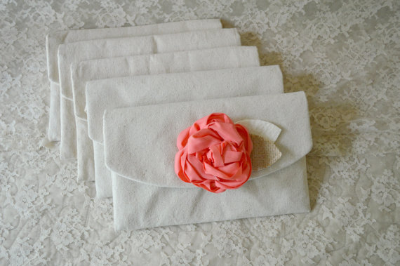 Mariage - 6 Bridesmaid Clutches Coral Wedding Clutches Coral Wedding Burlap Wedding Bridesmaid Purses Bridesmaid Gift Spring Wedding Beach Wedding
