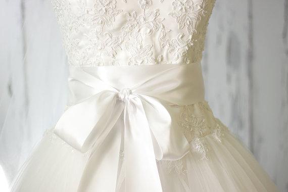 Mariage - Bridal Sash - Romantic Luxe Satin Ribbon Sash - Wedding Sashes - Pure White Bridal Belt