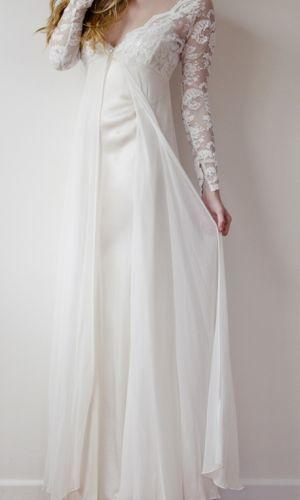 Свадьба - Long Sleeved & 3/4 Length Sleeve Wedding Gown Inspiration