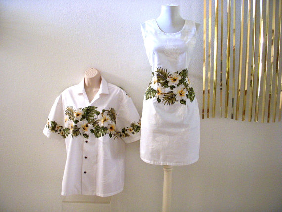 زفاف - Stunning White Hawaiian WEDDING Dress and Matching Men's Hawaiian Shirt - Vintage 60s Hawaiian His and Hers Wedding Set - Small to Medium
