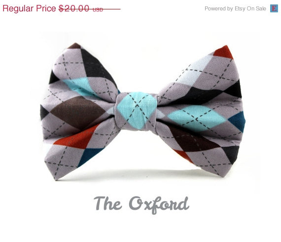 Свадьба - ON SALE Dog Bow Tie in The Oxford, Removable and Adjustable, Bow Tie for Dogs and Weddings, Made to Order in Your Choice of Size