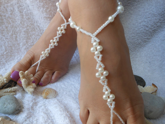 Mariage - Barefoot Sandals Beach Wedding   Yoga Shoes Foot Jewelry  White Beads