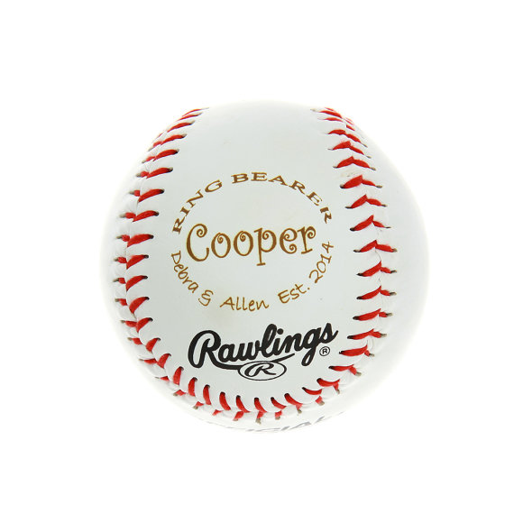 Mariage - Wedding Party, Ring Bearer Gift Monogrammed Personalized Keepsake Baseball