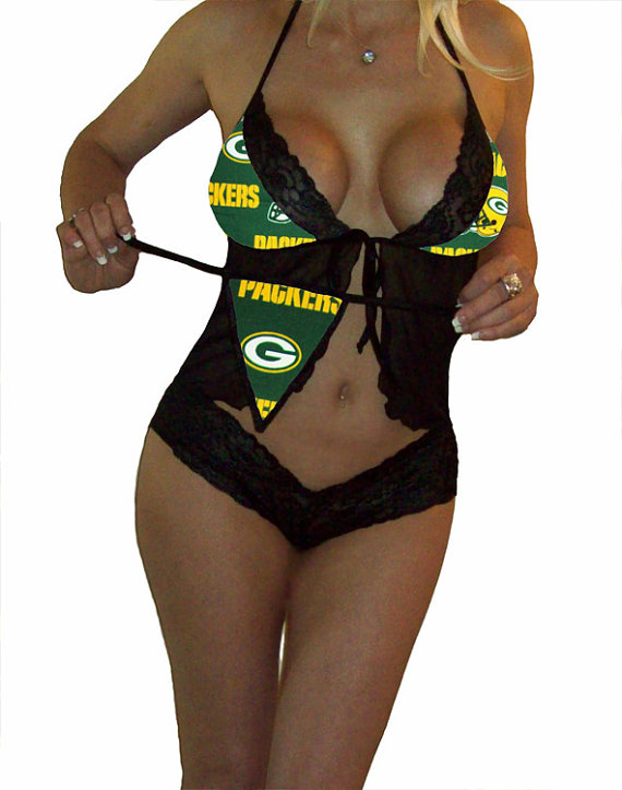 زفاف - NFL Lingerie Green Bay Packers Sexy Cami Top and Lace Booty Shorts Set Plus FREE Matching G-String Thong Panty
