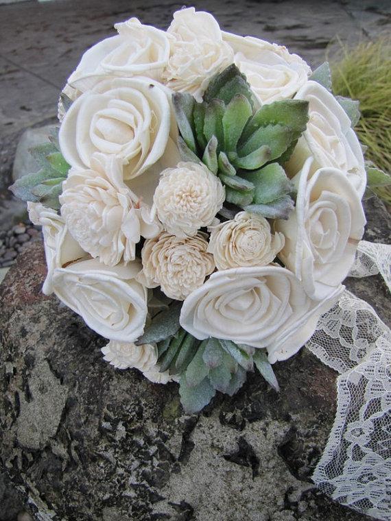 Boda - Sola Flower and Faux Succulent Bridal Bouquet - Keepsake Bridal Bouquet - Ivory Bridal Bouquet