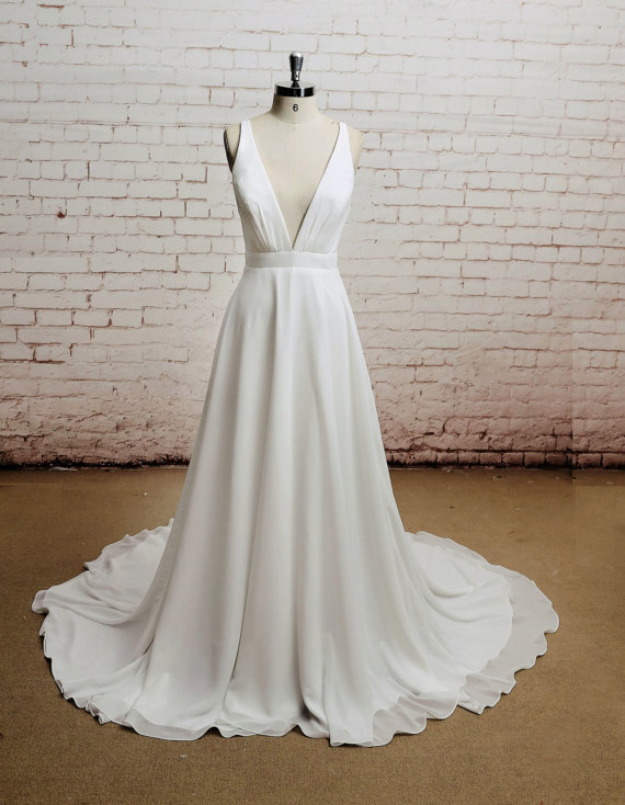 Mariage - Open back, Sexy, Chiffon bridal gown, V-neck wedding dress
