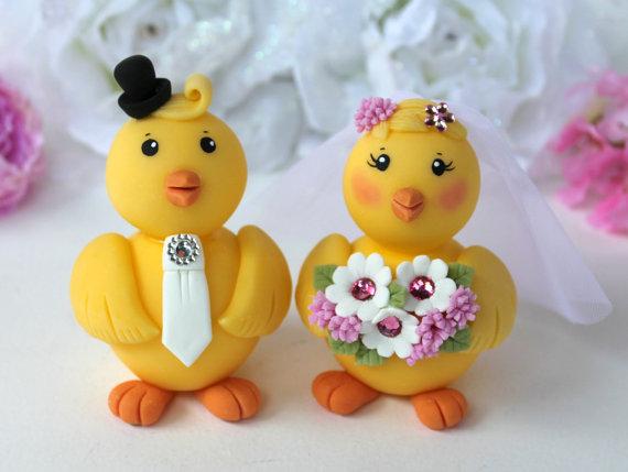زفاف - Chick wedding cake topper, love bird chicken bride and groom customizable, with banner