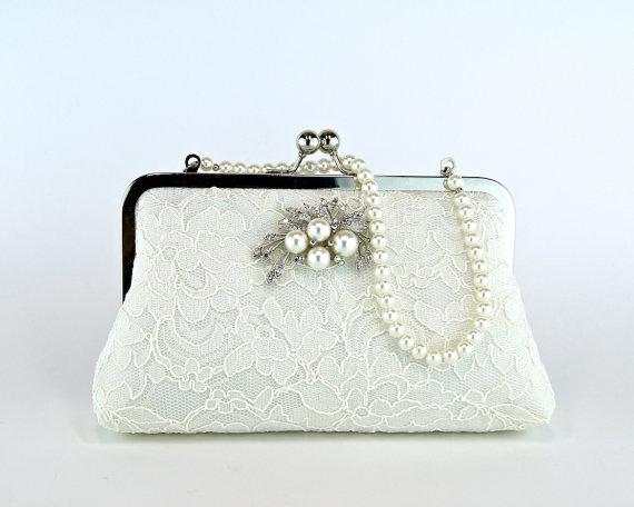 Свадьба - Silk Lace Clutch with Brooch, Bridal clutch, Wedding purse, Wedding clutch