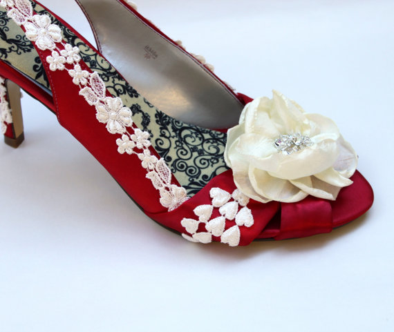 Mariage - Red wedding shoes -- SALE Size 9