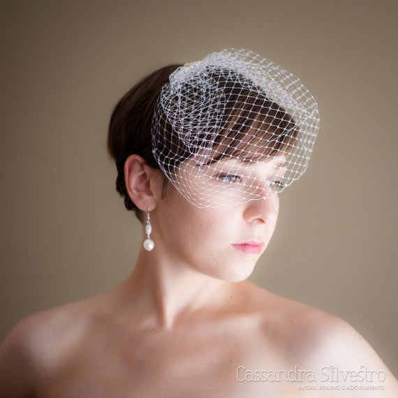 Mariage - Small Birdcage Wedding Veil (Russian netting, bridal veil, small veil, Swarovski crystals, Bird cage veil, Retro Veil, Vintage Inspired)