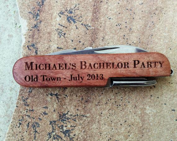 Свадьба - Personalized Pocket Knife, Custom Knife, Engraved Knife: Gift for Him, Stocking Stuffers, Father's Day, Groomsmen, Bachelor Party