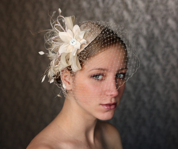 BIRDCAGE VEIL Vintage Style Wedding Headdress. Champagne  da73911a796