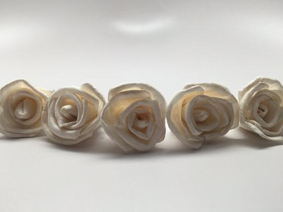 Свадьба - Mini Sola Rose Flowers---  Set of 24 Mini Sola Roses--Wedding balsa flowers