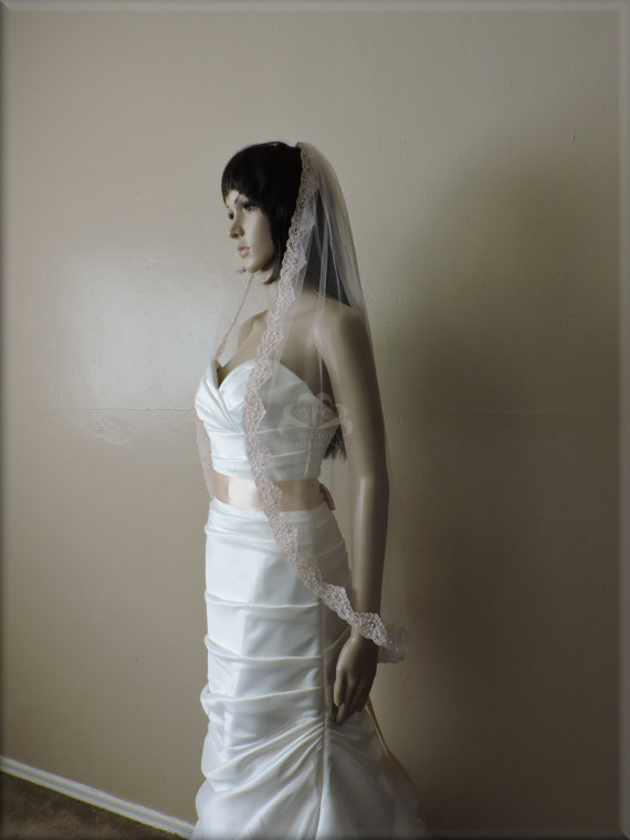 Mariage - Bridal Veil with Beaded Re-embroidered 1 1/2 inch Lace Blush White Light Ivory