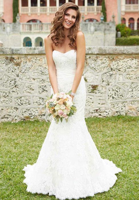 Boda - Mermaid/Trumpet Lace Strapless Natural Waist Court Train Wedding Dress