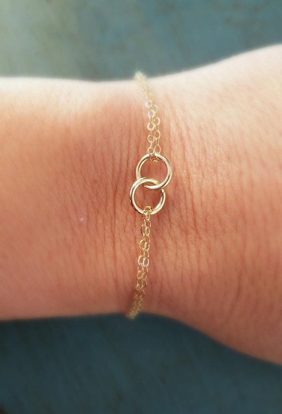 Wedding - Gold Eternity Bracelet Linked Circles Mom Gift Daughter Gift Friendship Bracelet Sister gift Gold Bracelet