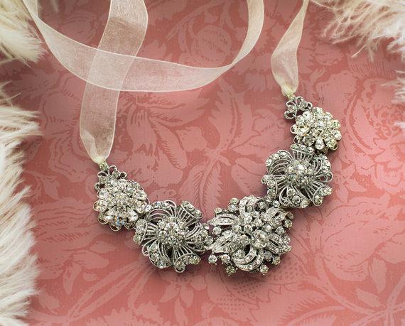 Mariage - Bridal Brooch Necklace, Bridal Statement Necklace, Rhinestone Statement Necklace, Wedding Necklace, Chunky Bride Necklace - 'ANNA'