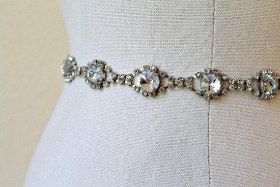 Mariage - Bridal vintage rhinestone jewel sash. Antique Silver oval crystal wedding belt.  VINTAGE GEM