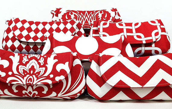 Свадьба - Bridesmaids Clutches Bridal Party Clutches Wedding Clutch Choose Your Fabric Red Set of 6