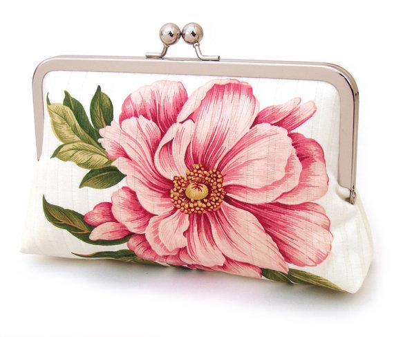 Mariage - Clutch bag, wedding purse, pink flower, bridesmaid gift, gift box, PINK PEONY