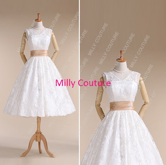 Audrey hepburn wedding dress lace short wedding dress for Vintage tea length lace wedding dress