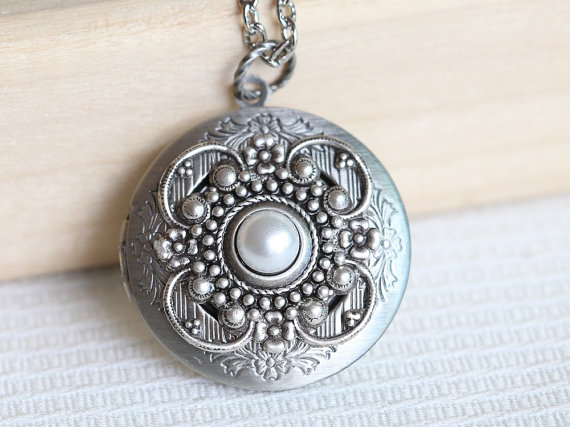 زفاف - Something New Locket,Pearl locket, Jewelry Gift, Pendant,Locket,Silver Locket,Flower Locket,Flower,Wedding Necklace,bridesmaid necklace