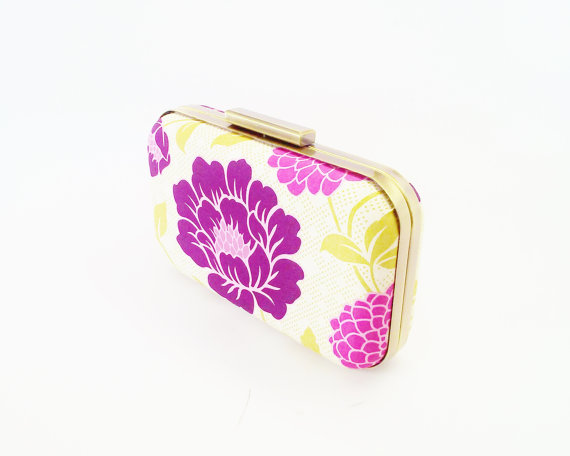 زفاف - floral clutch purse, bridesmaids gift idea, bridal accessories, summer weddings, fuchsia weddings, purple weddings, purple clutch