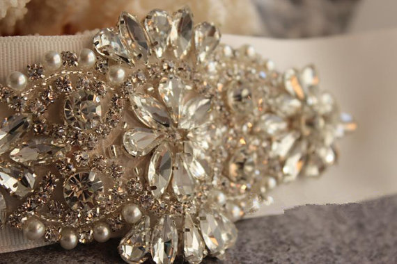Hochzeit - Rhinestone and pearl beaded applique for bridal sash, wedding headband, garters