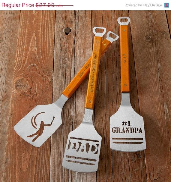 Personalized BBQ Spatula - Grilling Tools for Dad - Fatheru0027s Day Gift - Groomsmen Gift(RO1127) & Personalized BBQ Spatula - Grilling Tools For Dad - Fatheru0027s Day ...