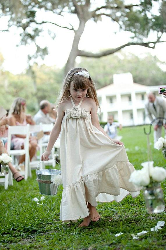 Свадьба - Ivy..natural cotton rustic flower girl dress size 2T, 3T, 4 and 5