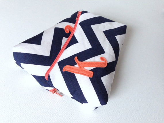 زفاف - Two Coral & Navy Chevron Monogram Bridal Cosmetic Bags, Be My Bridesmaid Gift, Wedding Party Clutch Purse