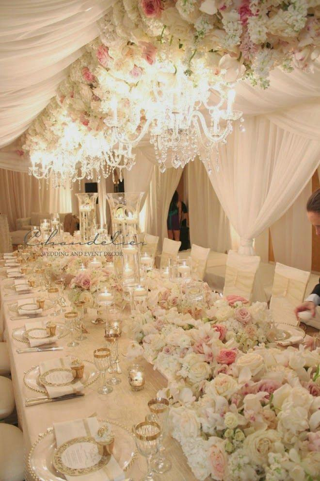 Свадьба - Taking Your Wedding To The Next Level With Chandeliers