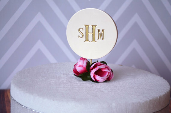 Wedding - PERSONALIZED Ceramic Modern Wedding Cake Topper in Gold